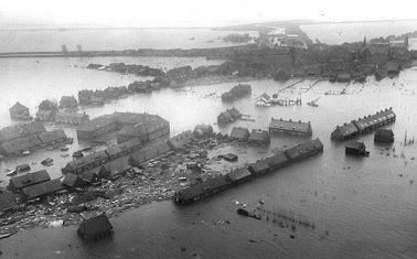 1 1953 A Strong Storm Surge Breacheds In Southwestern Netherlands Causing Extensive Flooding